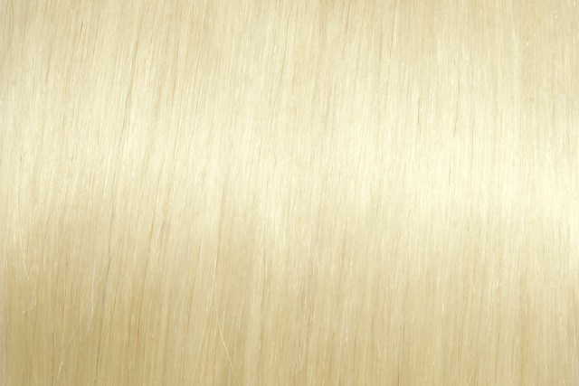 Lys blond # 613 Tape extensions 35 cm